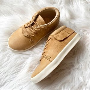 Freshly Picked Tan Leather Moccasin Sneakers 9